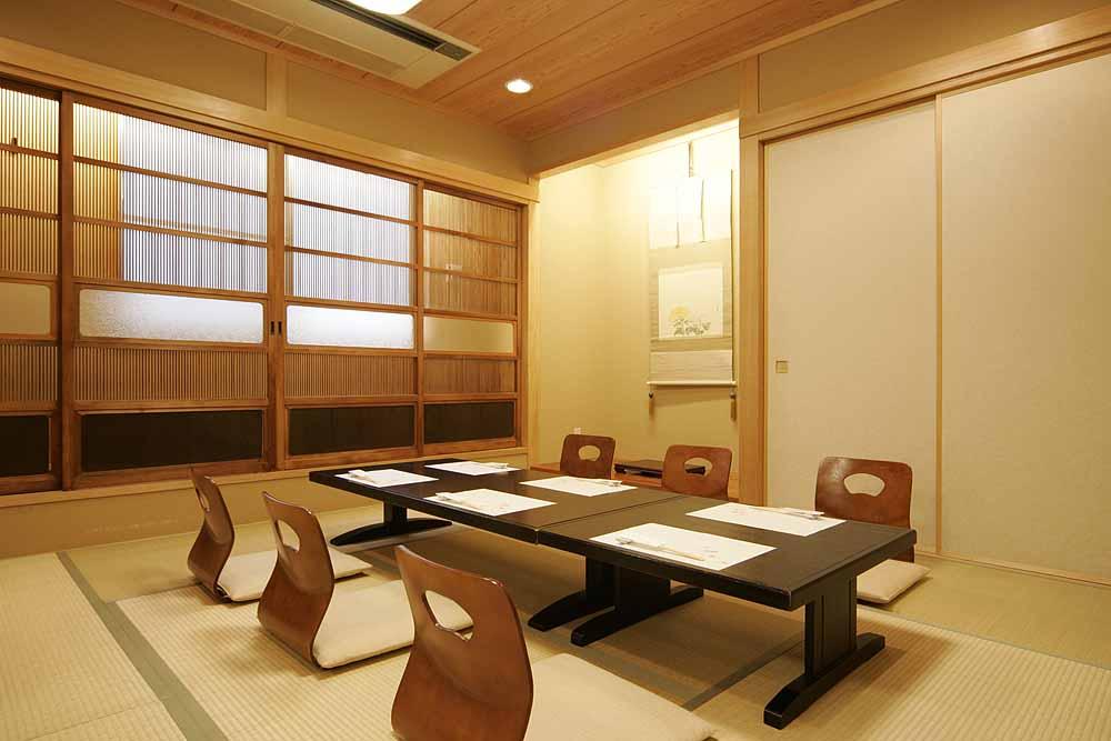 豊田市個室